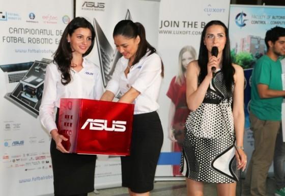 ASUS la Finala Campionatului de Fotbal Robotic