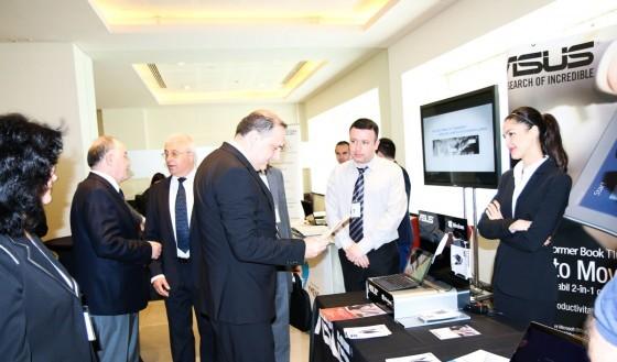 Ministrul pentru Societatea Informaţională, Alexandru-Răzvan Cotovelea - printre invitații de seamă ai evenimentului.