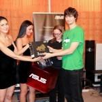 Câștigătorul unei plăci de sunet ASUS Xonar Essence STX