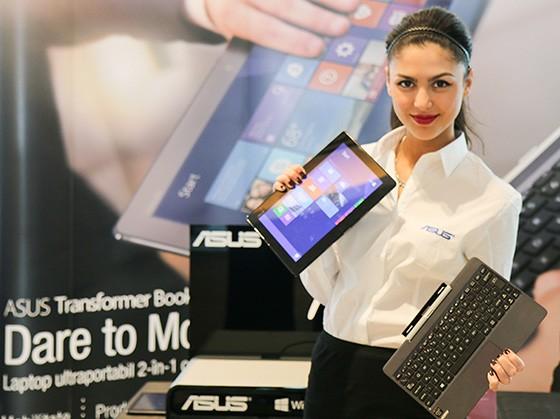 ASUS Transformer Book T100, laptop convertibil în tabletă