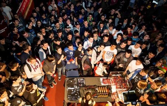 Public la standul ASUS din cadrul DreamHack Masters Bucharest 2014