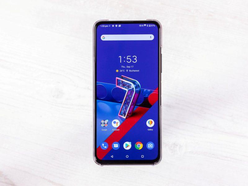 Telefonul ASUS ZenFone 7 PRO disponibil in Romania