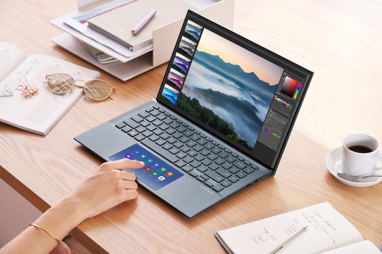 Laptopul ZenBook 14 (UX435EA) Pine Grey cu ScreenPad 2.0