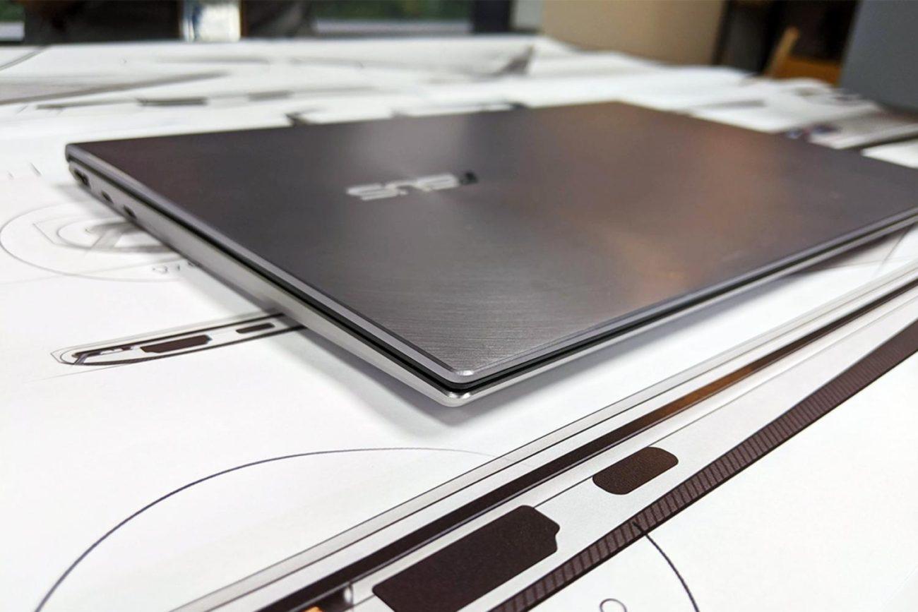 Designul laptopurilor ZenBook